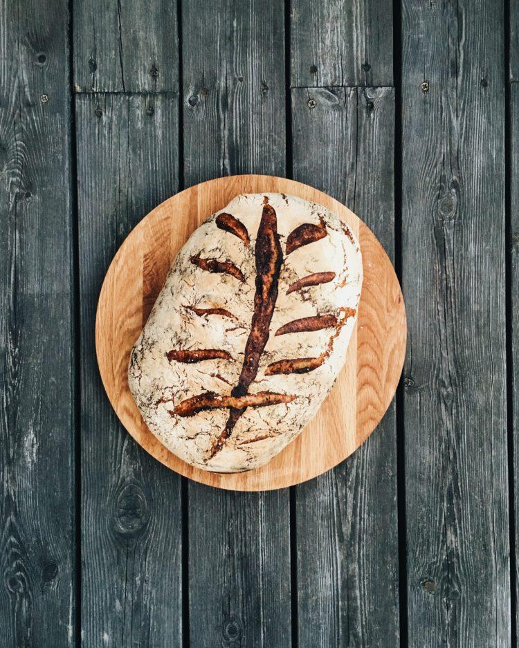 Råg, durum och vetesurdegsbröd
